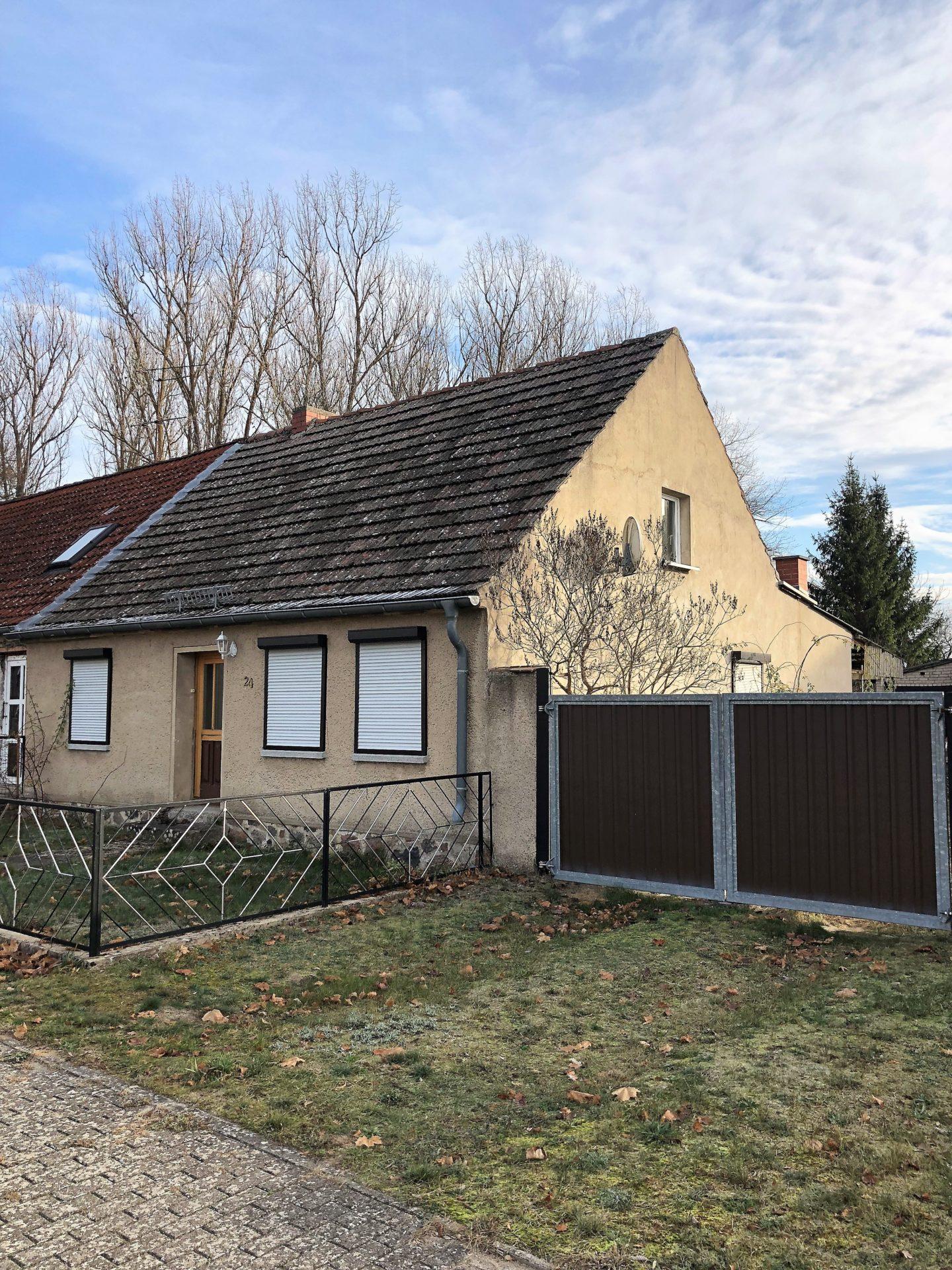 Doppelhaushälfte Mit Scheune Und Großen Grundstück Lehnitzsee